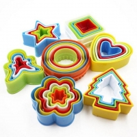 2019 New Colorful Child Baby Multi-shape Plastic Mold Cookie Biscuit Cutter Mould Pastry Maker Tools Randomly Sent 1 Set
