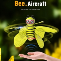 RC Mini Infraed Sensor Bee Flying Induction Minion drone battery 3.7v Fly Flashing Light Aircraft Kids Toys Jly3