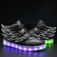 UncleJerry Kids Light up Shoes with wing Children Led Shoes Boys Girls Glowing Luminous Sneakers USB Charging Boy Fashion Shoes
