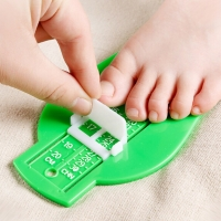 8 Colors Kid Infant Foot Measure Gauge Shoes Size Measuring Ruler Tool Available ABS Baby Car Adjustable Range 0-20cm size