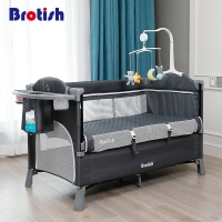 European Style Crib Splicing Large Bed Removable Baby Multi-functionPortable Folding Newborn Baby Bedside Bed Cradle Bed