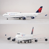 1/150 Scale 47cm Airplane Boeing B747 Aircraft DELTA Airline Model W Light and Wheel Diecast Plastic Resin Plane For Collection