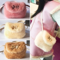 2018 Brand New Baby Girls Furry Now Bags Warmly Children Cross Body Mini Purse Bowknot Artificial Fur Bag Kids Birthday Gifts